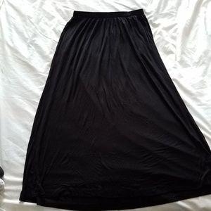 H&M Basic Black Maxi Skirt